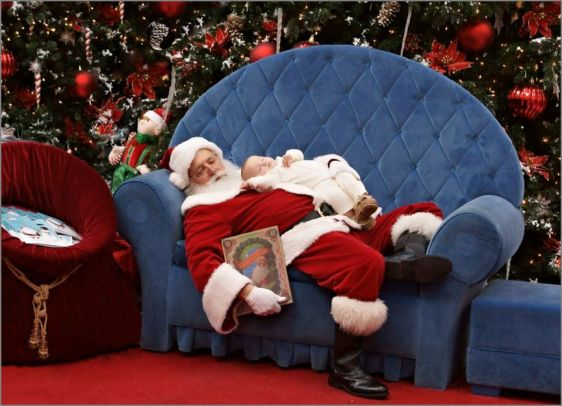 hap mon, napping with Santa