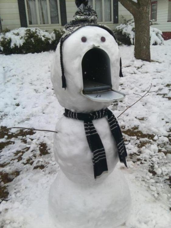 snow-mail-box